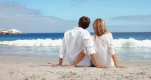 Sretan par na moru